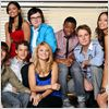 Greek : photo Amber Stevens, Clark Duke, Dilshad Vadsaria, Jacob Zachar, Jake McDorman