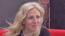 Sandrine Kiberlain Interview 3: Aimer, boire et chanter