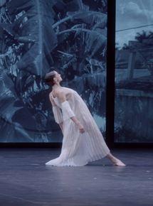 Dans les pas de Trisha Brown - Glacial Decoy à l'Opéra