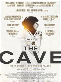 Film The Cave Streaming Complet - Le film suit la Dre Amani, 30 ans, devenuela cheffe d'une équipe de 130 médecins d'un...