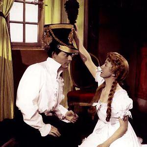 Le rouge et le noir film 1954 allocin - Rouge et noir cinema ...