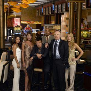 Las Vegas : Photo James Caan, James Lesure, Josh Duhamel, Molly Sims, Nikki Cox