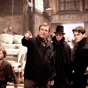 De grandes espérances : Photo Jeremy Irvine, Mike Newell