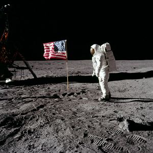 Moonwalk One : Photo