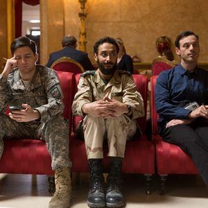 War Machine : Photo Aymen Hamdouchi, John Magaro, Scoot McNairy