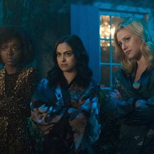 Photo Ashleigh Murray, Camila Mendes, Lili Reinhart