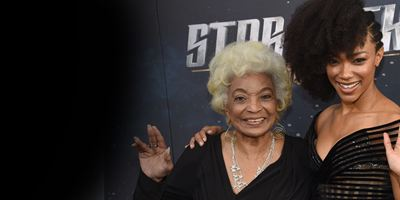 Star Trek Discovery : Les stars prennent la pose à l'avant première de New-York