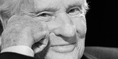 Mort de l'Académicien Jean d'Ormesson, vu chez Godard au cinéma