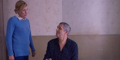 Valéria Bruni-Tedeschi et Julien Clerc se déchirent dans un clip réalisé par Michel Gondry