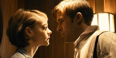 Demi-soeurs, Liaison fatale... : 10 scènes d'ascenseur où la tension sexuelle est palpable
