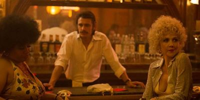 The Deuce : Maggie Gyllenhaal s'oppose à l'annulation de la série suite aux accusations contre James Franco