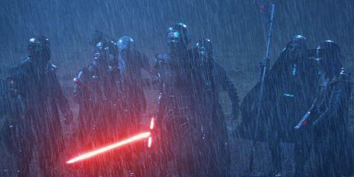 Star Wars : Kylo Ren bien entouré dans Les Derniers Jedi ? [SPOILERS]