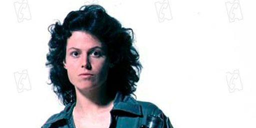 Alien : Ridley Scott envisage de rajeunir numériquement Sigourney Weaver