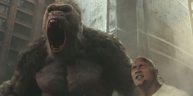 Rampage : Dwayne Johnson affronte un loup volant géant dans la nouvelle bande-annonce