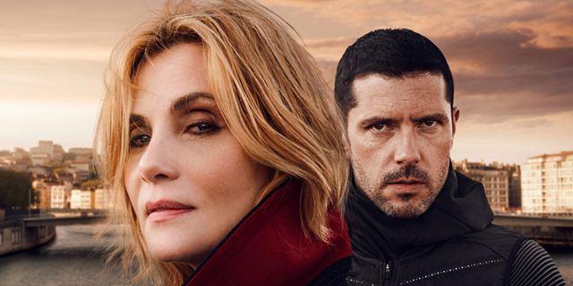 """Insoupçonnable: le remake français de """"The Fall"""", avec Emmanuelle Seigner et Melvil Poupaud sur TF1"""