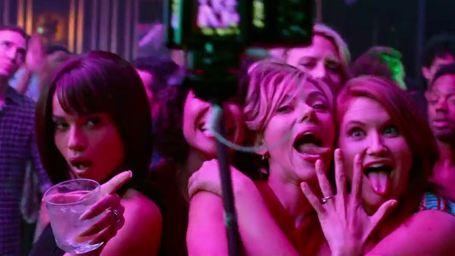 Scarlett Johansson se lâche dans la bande-annonce de Pire soirée