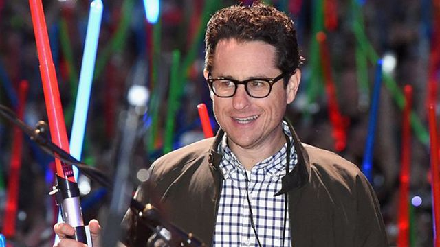Star Wars 9 : J.J. Abrams promet d'aller dans une direction inédite