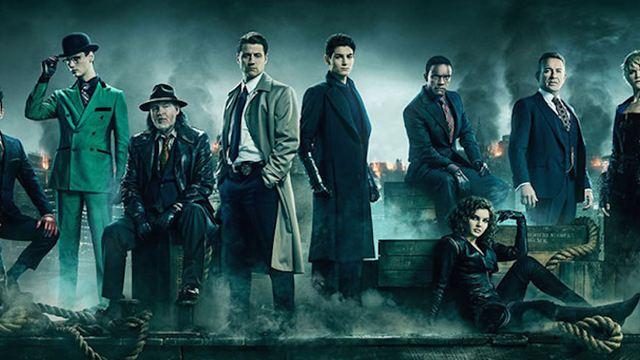Gotham : une photo du casting au complet pour l'ultime saison de la série