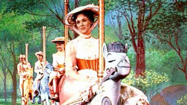 Mary Poppins, M. Dawes, Jane & Michael Banks… Comparez les personnages de 1964 à 2018 !