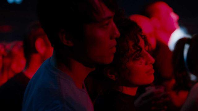 """La nuit venue avec Camelia Jordana : """"Montrer les coins sombres de Paris"""""""