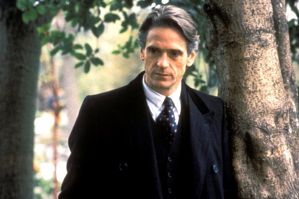 King Ranger Theater >> Photo de Jeremy Irons - Fatale : Photo Jeremy Irons - AlloCiné