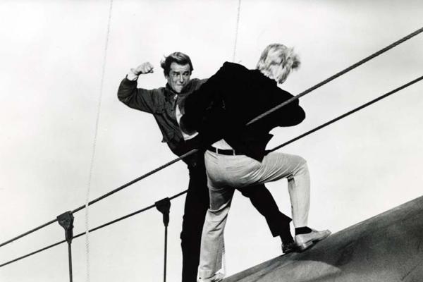 Dangereusement vôtre : photo Ian Fleming, John Glen, Roger Moore
