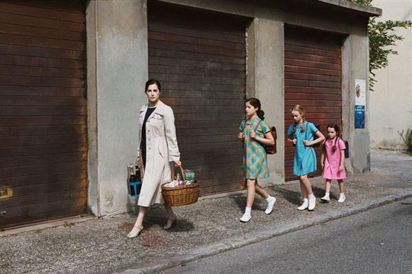 Gamines : photo Amira Casar, Eleonore Faucher, Louise Herrero, Roxane Monnier, Zoé Duthion