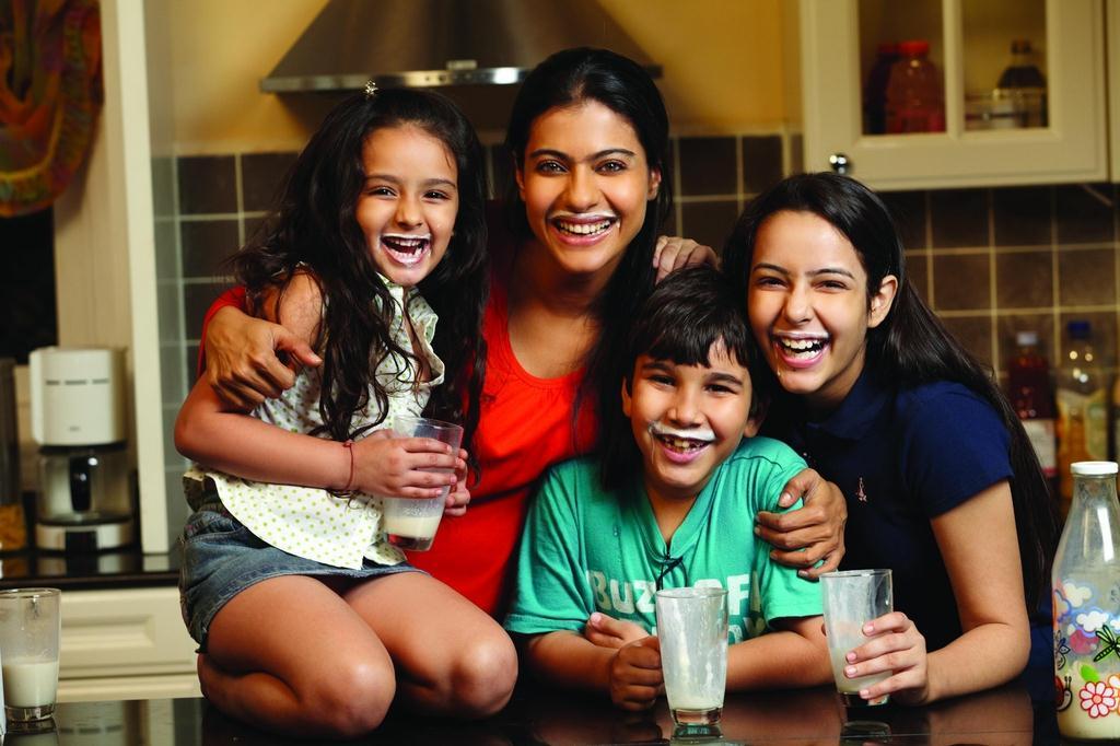 We Are Family : photo Sidharth Malhotra