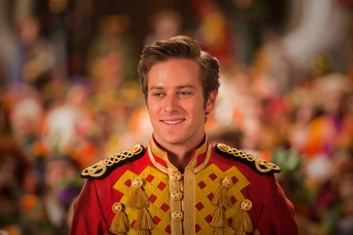 Photo de armie hammer blanche neige photo armie hammer for Blanche neige miroir miroir film