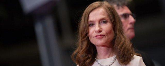 Isabelle huppert ex star de l 39 eurovision dans le film souvenirs actus cin allocin - Isabelle huppert coup de torchon ...