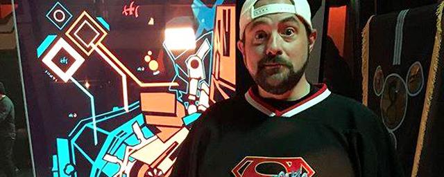 Supergirl : Teri Hatcher et Kevin Sorbo dans le nouvel épisode de Kevin Smith