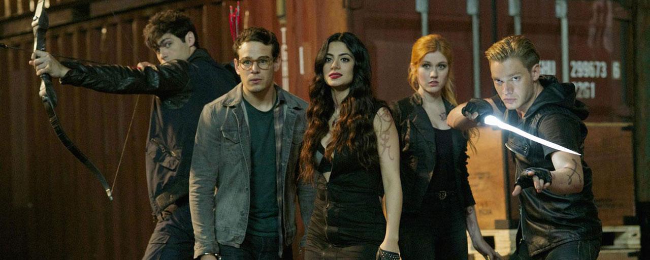 Shadowhunters : l'arrivée de Lilith, le couple Clary/Jace en danger… ce qu'il faut savoir sur la saison 3