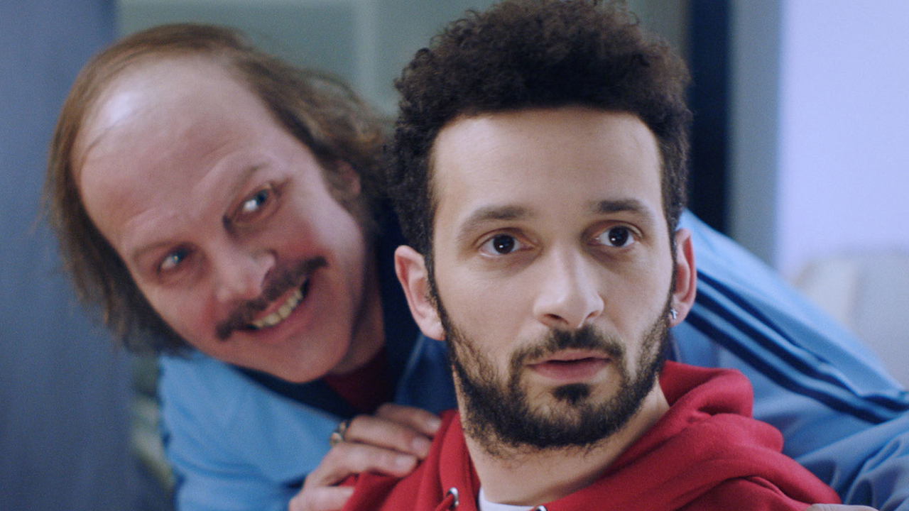 Bande-annonce-Yves : Philippe Katerine et un frigo intelligent dans le film barré de Cannes 2019 !