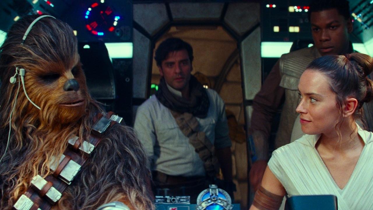 Star Wars 9 : que dit Chewbacca à Rey dans le Faucon Millenium ?