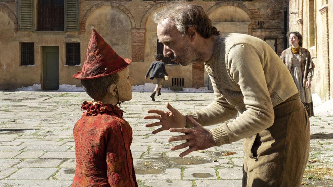 Bande-annonce Pinocchio : Roberto Benigni en Geppetto pour le réalisateur de Gomorra