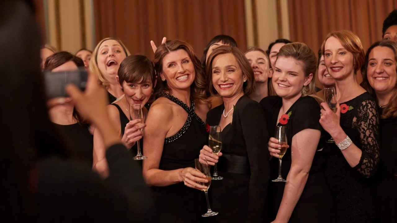 Les films et séries à voir sur CANAL+ en décembre : La Reine des Neiges 2, The Singing Club, le final de Calls