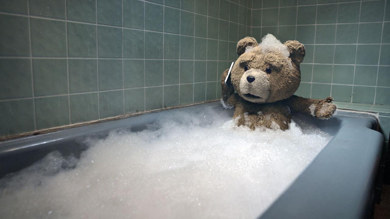 Ted : après deux films, la comédie trash devient une série