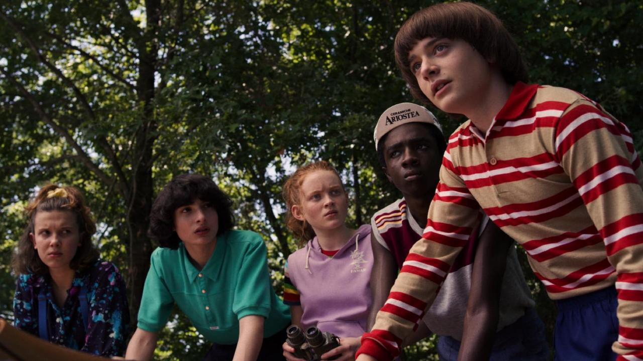 """Stranger Things sur Netflix : la saison 4 """"arrive bientôt"""" selon le producteur"""