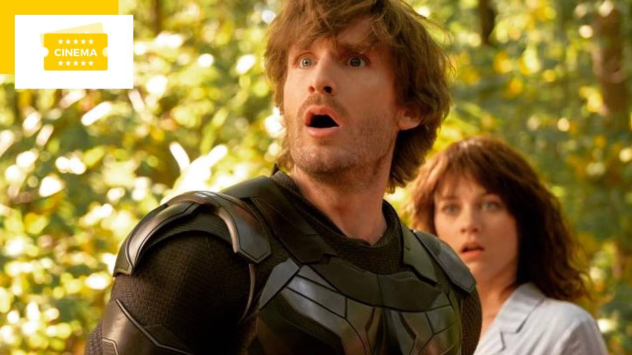 Affiche Super-héros malgré lui : les Avengers de Philippe Lacheau en action