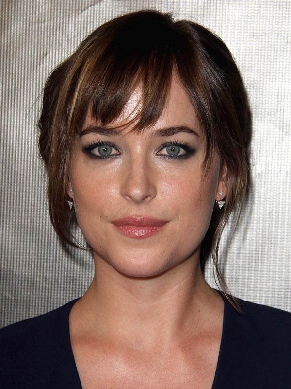 Dakota johnson 50 nuances plus sombres