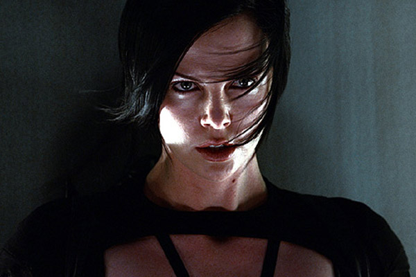 Æon Flux : Photo Charlize Theron, Karyn Kusama