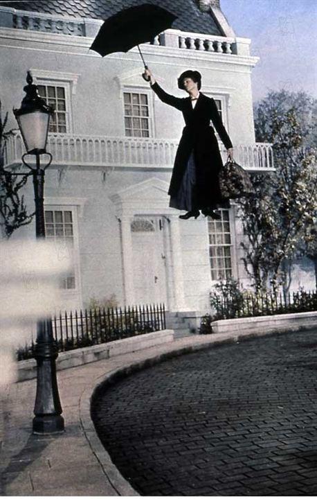 Mary Poppins : photo Julie Andrews, Robert Stevenson