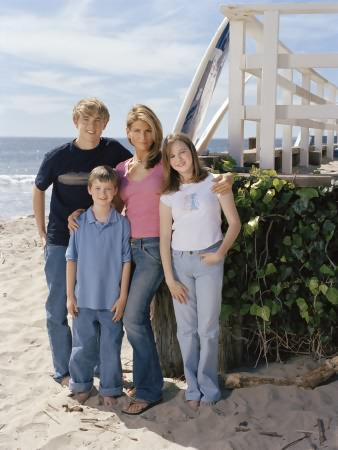 Summerland : Photo Jesse McCartney, Kay Panabaker, Lori Loughlin, Nick Benson