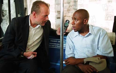 16 Blocs : Photo Bruce Willis, Yasiin Bey