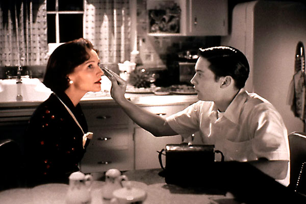 Pleasantville : Photo Joan Allen, Tobey Maguire