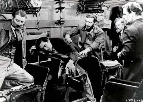 Pacific Express : Photo Anthony Quinn, Cecil B. DeMille