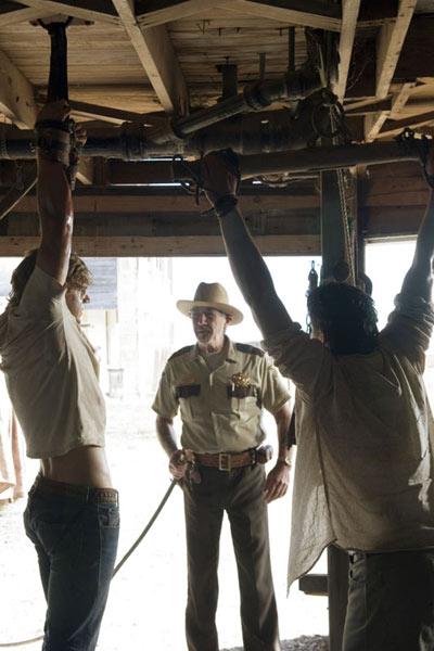 Massacre à la tronçonneuse : le commencement : Photo Matt Bomer, R. Lee Ermey, Taylor Handley
