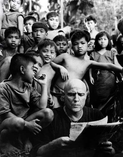 Apocalypse Now : Photo Francis Ford Coppola, Marlon Brando