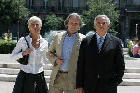 Premier suspect : Photo Alain Doutey, Frédérique Tirmont, Jean-Francois Garreaud