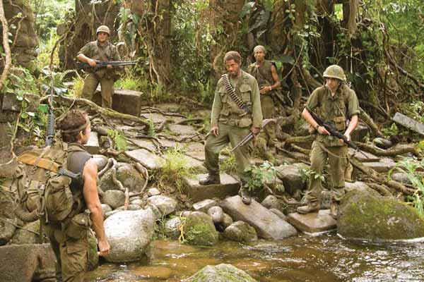 Tonnerre sous les Tropiques : Photo Alpa Chino, Ben Stiller, Brandon T. Jackson, Jack Black, Jay Baruchel